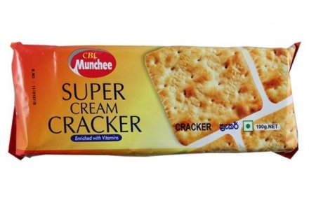 Munchee Super Cream Cracker Biscuits PM 69p